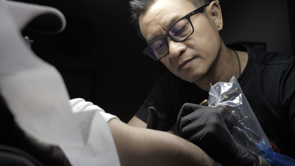 How's Your Blood – ft. Eddie David from Borneo Ink Tattoo
